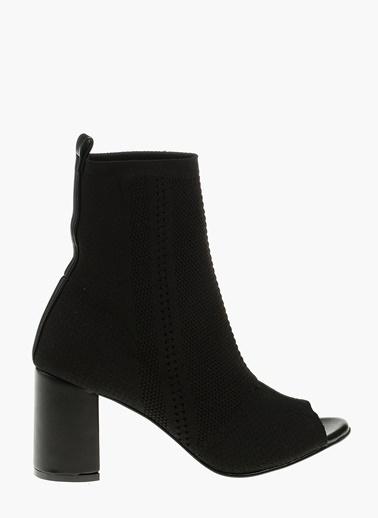 Divarese Kalın Topuklu Bot Siyah